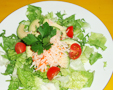 Salade au surimi crabe