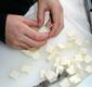 couper la mozzarella