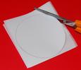 découper le rond dans le papier calque