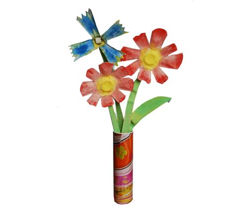 Bouquet de fleurs dans son vase - recyclage