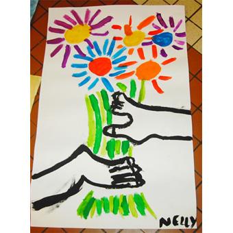 Mains aux fleurs Picasso