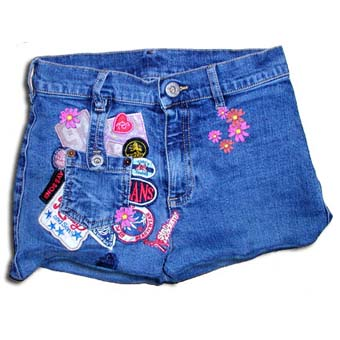 short coupé dans un jean