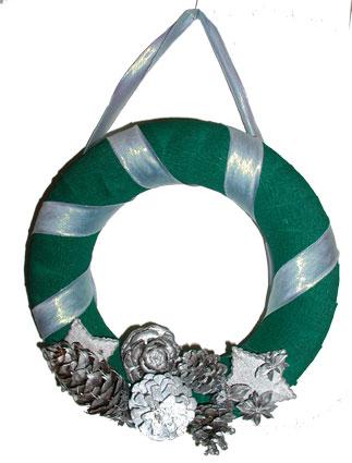 Couronne de Noël verte et argent