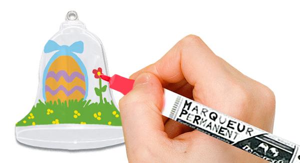 Décorer l'intérieur de la cloche de Pâques