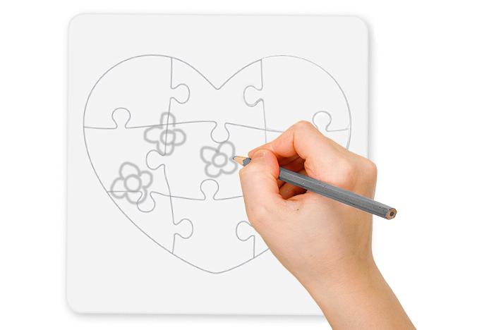 Dessiner les décorations du coeur sur le puzzle