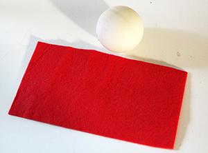 Couper un rectangle de feutrine