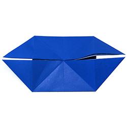 Pliage origami de base en double bateau