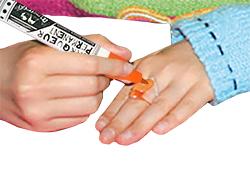 Décorer les bijoux en plastique
