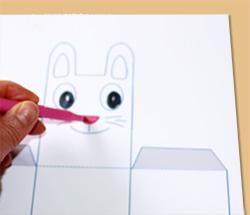 Colorier le lapin de la boite