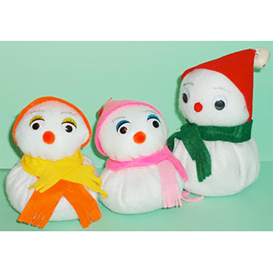 Bonhommes de neige en feutrine