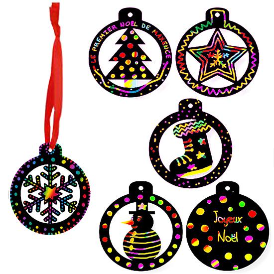 Boules de Noël en carte à gratter