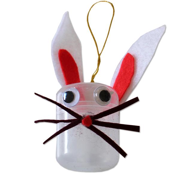 lapin de Pâques suspendu