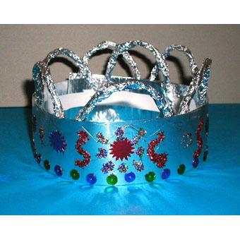 Couronne de roi , argent décorée de paillettes