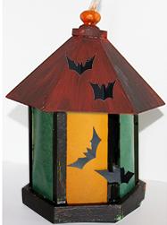 Coller les motifs d'Halloween sur la lanterne