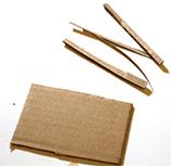 Découper des mini bandes de carton