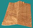 Récupérer un sac en papier brun