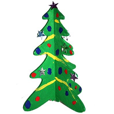 Sapin de Noël en bois peint