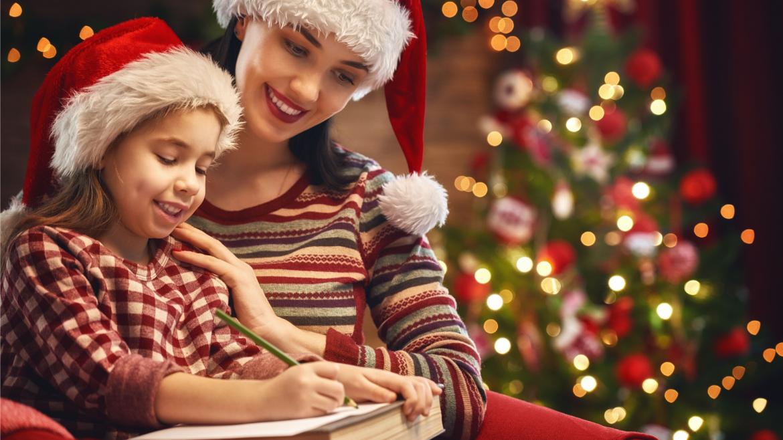 """Dans notre dossier spécial """"Lettre au père noël"""", vous retrouverez des conseils pour écrire une belle lettre au père Noël, du papier à lettre, des enveloppes ou des timbres magiques à imprimer gratuitement mais la véritable adresse du père Noël et des rép"""