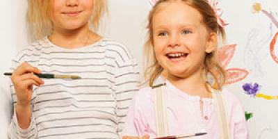 Une sélection de 10 activités à faire pendant les vacances de Pâques. Ce sont les dernières vacances de l'année scolaire et pour occuper vos enfants, voici quelques idées d'activités. Des origamis, des jeux, des idées de sortie… Il y en a pour tous les go