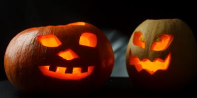 Légende de Jack o lantern : Halloween est aussi l'occasion de donner à votre enfant l'envie de lire. Découvrez l'histoire et la légende du personnage d'Halloween. Une histoire à imprimer et à lire (à partir de 7 ans).
