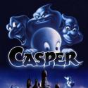 Casper est un tout jeune fantôme qui s'ennuie à mourir en compagnie de ses oncles dans le manoir de Whipstaff. Quand une petite fille et son père viennent s'installer dans la maison hantée, il pense pouvoir enfin s'amuser...