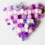 Bijou : Coeur en perles
