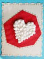 Carte coeur à boulettes de papier
