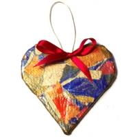 Coeur en carton de décoration