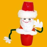 Un mini Père Noël tout rigolo à fabriquer pour jouer avant Noël