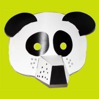 Masques 3D à imprimer et à coller pour les enfants. Les masques 3D sont proposés en deux versions : une version à colorier et à découper et une version déjà coloriée. Les masques 3D sont prêts à être découpés et assembler. Certains élément