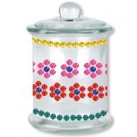 Un pot en verre décoré de cabochons pour la fête des mères