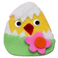 Collage d'un poussin de Pâques en feutrine