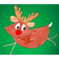 Renne de Noël en assiette en carton