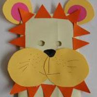 Masques géants à fabriquer. Ces masques sont géants ou disproportionnés, certains sont en papier mâchés mais la majorité de ces masques géants sont fabriqué à partir de grands sacs en papier tout prêts ou à faire avec du papier kraft. Les idé