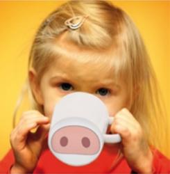 Des idées d'activités pour personnaliser les accessoires du petit déjeuner de vos enfants