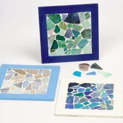 Réalisez un dessous de plat à l'épreuve de la chaleur avec des facettes de mosaïques. Élégant et coloré , créez vous-même un dessous de plat indemmodable!