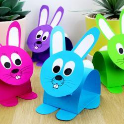 Grâce à une méthode facile les enfants s'amuseront à fabriquer des adorables petits lapins en papier. activité parfaite pour le printemps ou pour Pâques    Une activité de Pâques simple que tous les enfants pourront réaliser à l'aide de quelq