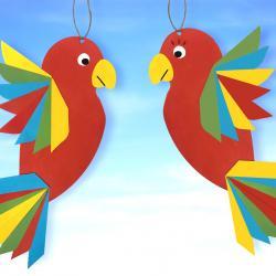 Au programme de ce nouveau bricolage, découpage, pliage et collage pour fabriquer des perroquets colorés en papier !    Un bricolage simple, amusant, haut en couleurs et idéal pour les enfants, ils vont ADORER !    Nous vous avons même préparé u