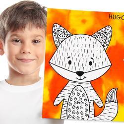 Dans ce bricolage d';automne, vous allez non seulement avoir un renard trop mignon à accrocher au mur, mais c'est également une activité 2-1 à faire avec les enfants :    - Mélanger de l'encre à dessiner sur du papier diffuseur  - Re