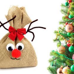 N'est-il pas mignon ce petit renne de Noël ?    A poser au pied du sapin ou partout ailleurs dans la maison pour les fêtes ce joli renne pourra être fabriqué facilement par les enfants en utilisant de la toile de jute, de la ouate de rembourrage