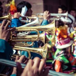 Le Carnaval de la Nouvelle Orléans fait partie des plus beaux carnavals du monde. Retrouvez des infos et des idées d'activités pour fêter Mardi Gras à la sauce louisiane.