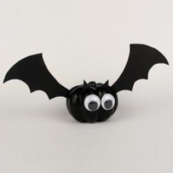 Halloween est l'occasion d'organiser une super fête déguisée. Vous cherchez des idées pour votre déco Halloween ? Retrouvez des centaines d'idées pour fabriquer vos propres décorations halloween à partir d'objets de récupération. En plus d'être pas cher,