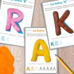 Fiches pour découvrir l'alphabet et apprendre à former les lettres. Il suffit d'imprimer les fiches et de proposer l'activité aux enfants. Le but, reproduire les lettres des fiches avec de la pâte à modeler.