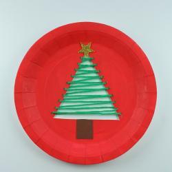 Une activité pour réaliser une assiette de Noël sapin. Une superbe idée pour Noël