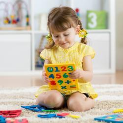 Exercices à imprimer pour aider les enfants de GS de maternelle à apprendre à compter et à se préparer à l'entrée en primaire. Les fiches sont classées par type d'exercices. Les exercices proposés aux enfants de dernière année de maternelle leur permettro