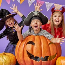 Halloween 2019 : préparer la fête d'Halloween sur tête à modeler. Idées, astuces, conseils, activités décorations et bricolages pour préparer la fête d'Halloween avec les enfants. Bricolages pour fabriquer des décorations d'Halloween.