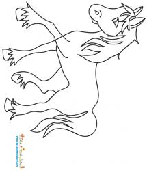 Cheval aux pattes poilues