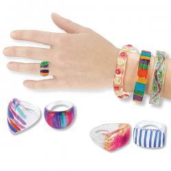 Bijoux en plastique transparent à décorer