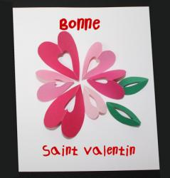 carte décorée de coeurs en fleur