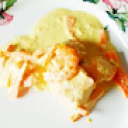 Cassolette de saumon au curry et safran